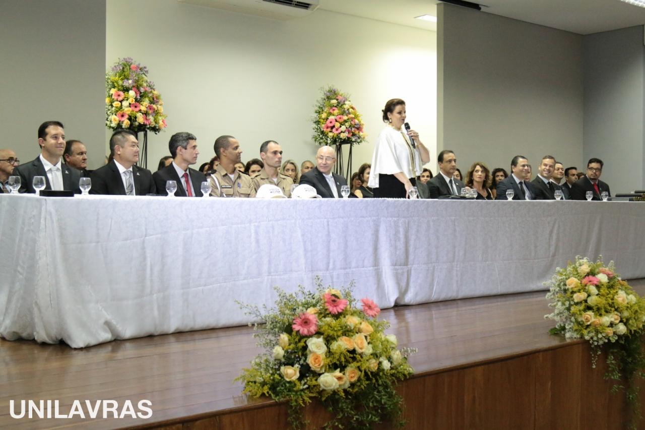 UNILAVRAS - COLAÇÃO DE GRAU_-2